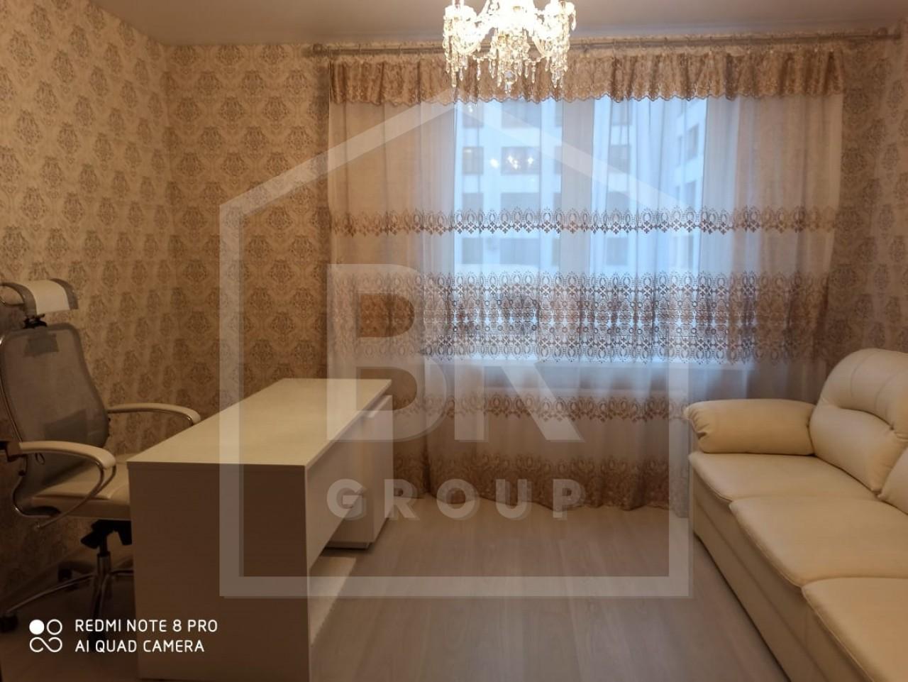 Продажа 3-комнатной квартиры, Санкт-Петербург, Парфеновская ул.,  9
