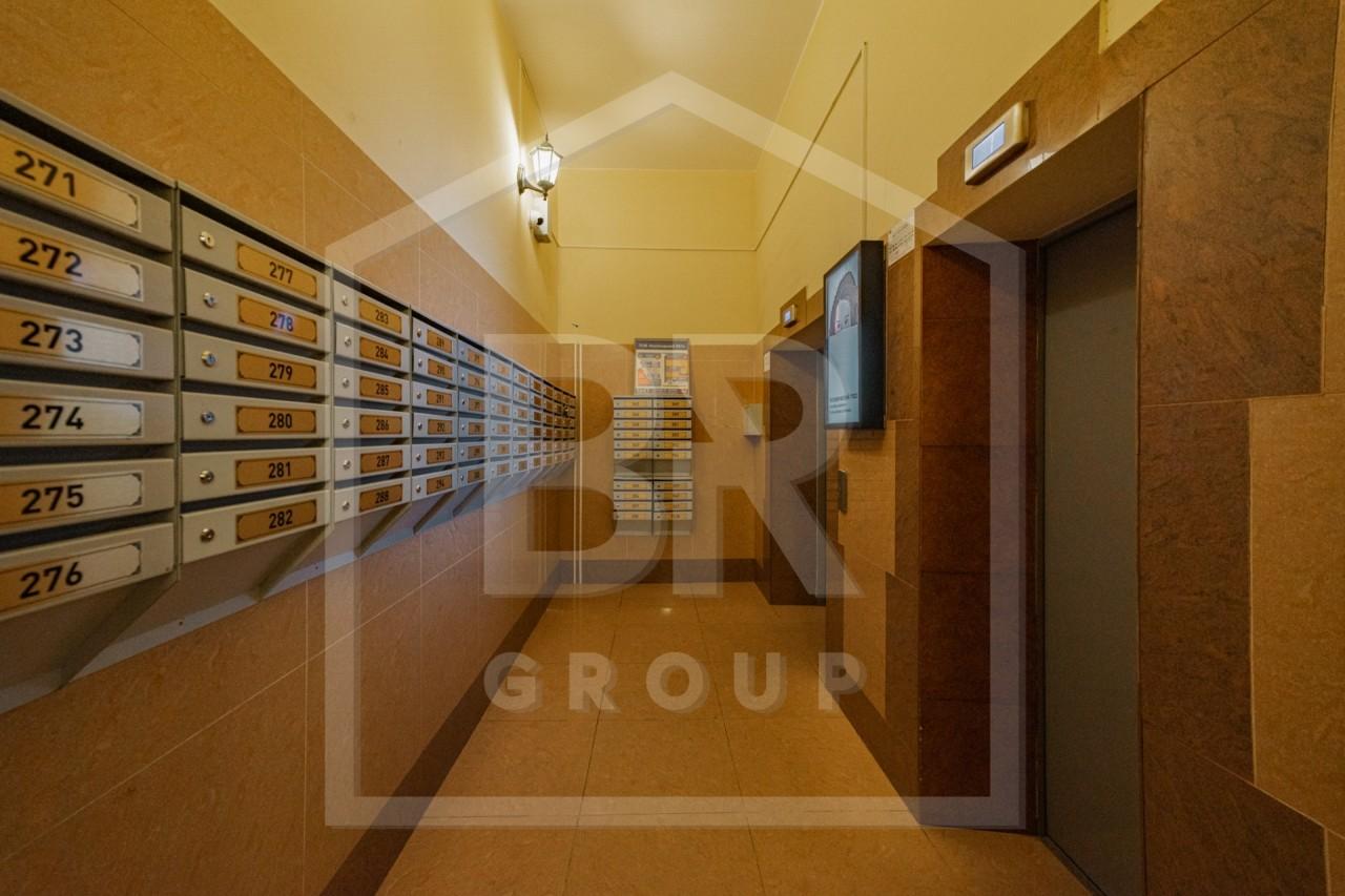 Продажа 2-комнатной квартиры, Санкт-Петербург, Богатырский проспект,  55