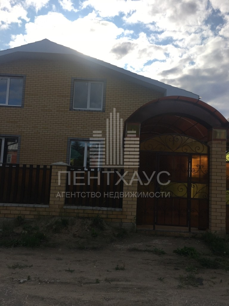 Байгуши д., Центральная ул., 39, дом кирпичный с участком 12.00 сотка на продажу
