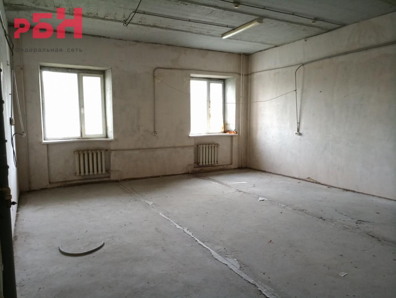 Продажа коммерческой недвижимости, 364м <sup>2</sup>, Тюмень, Малая Боровская ул.,  38
