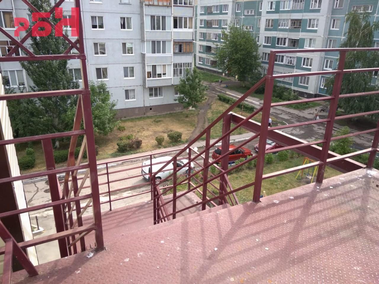 Продажа коммерческой недвижимости, 2244м <sup>2</sup>, Ульяновск, Ленинского Комсомола проспект,  3