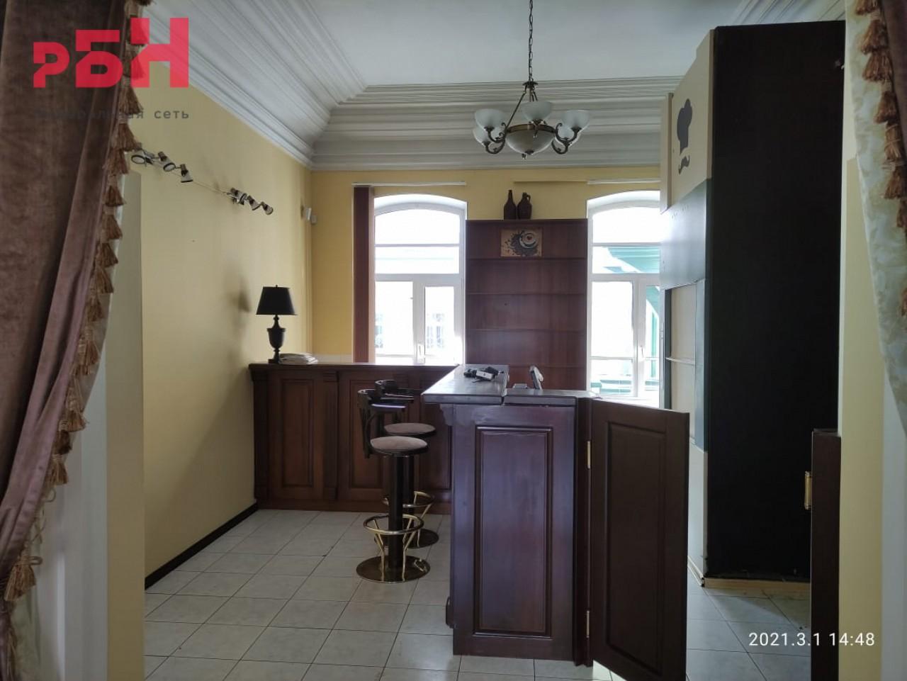 Продажа коммерческой недвижимости, 388м <sup>2</sup>, Тюмень, Комсомольская ул.,  19