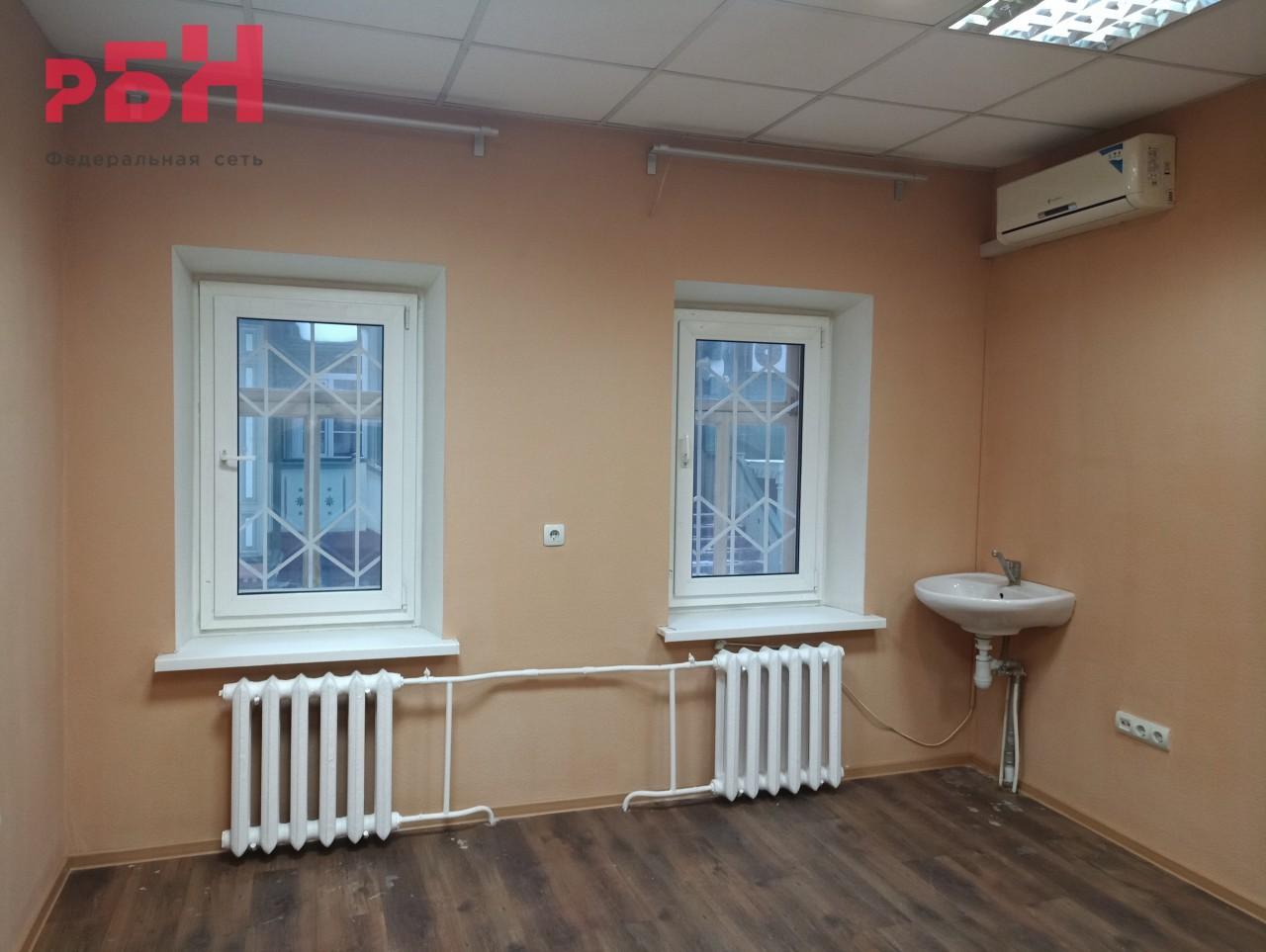 Продажа коммерческой недвижимости, 87м <sup>2</sup>, Тюмень, Комсомольская ул.,  17