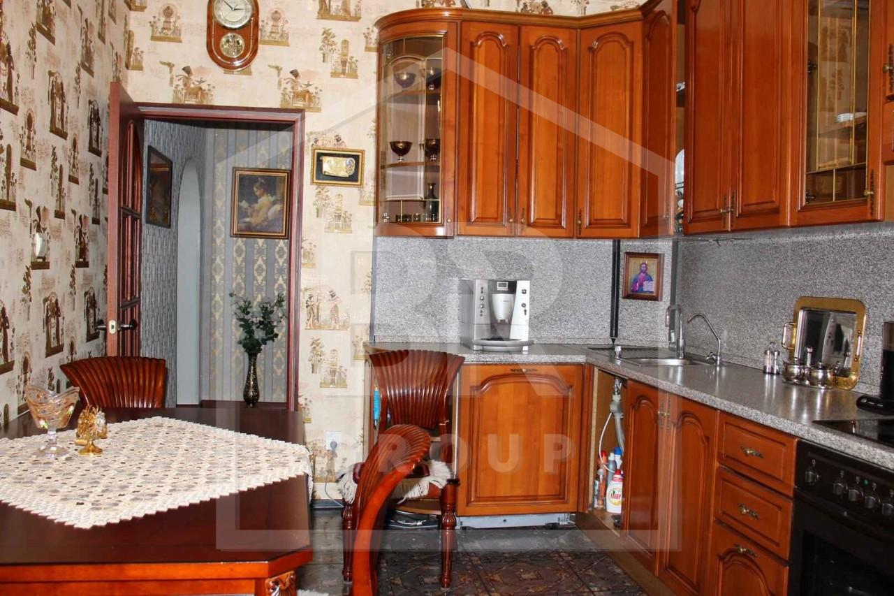 Продажа 4-комнатной квартиры, Санкт-Петербург, Софьи Ковалевской ул.,  13