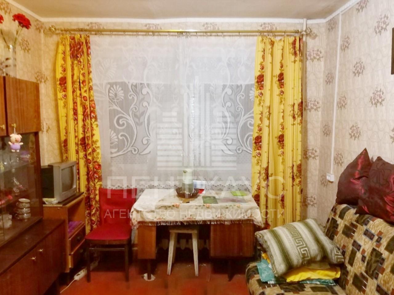 г. Владимир, Усти-на-Лабе, 22, комната на продажу