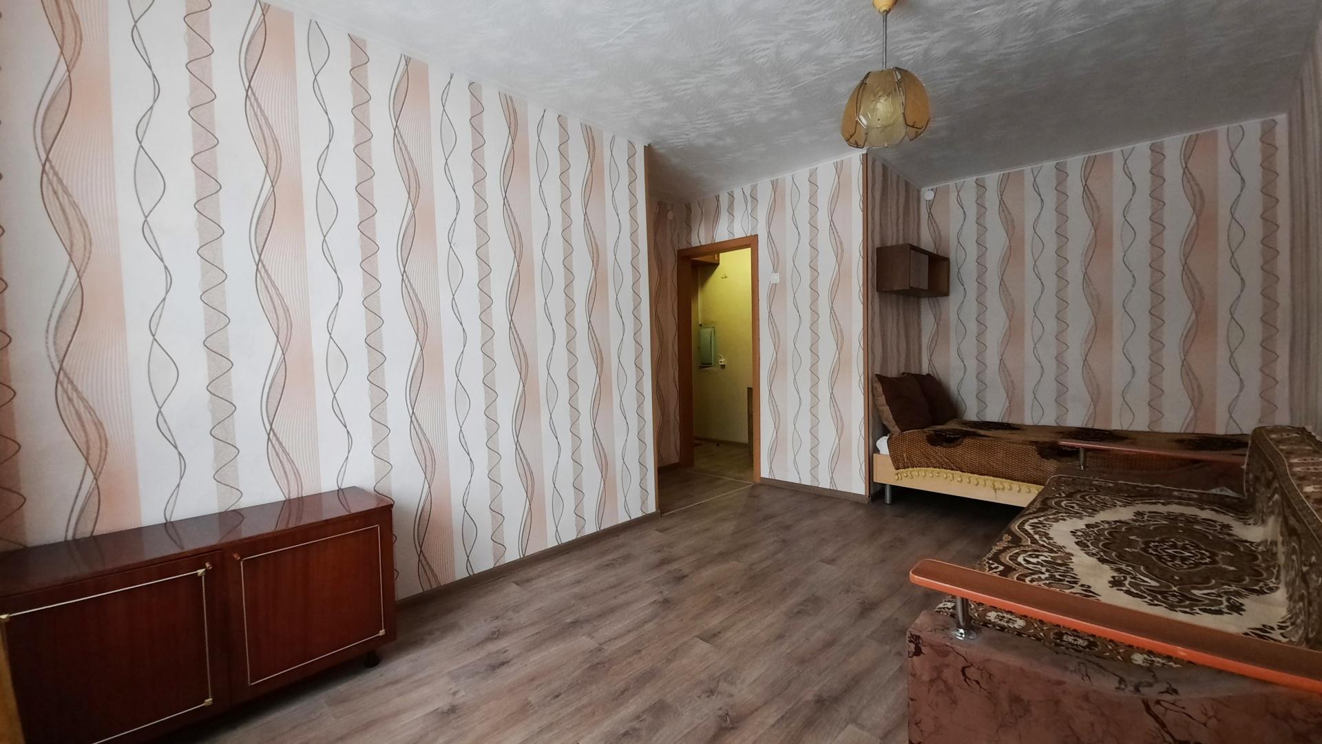 1-комн. квартира улица Дзержинского 103