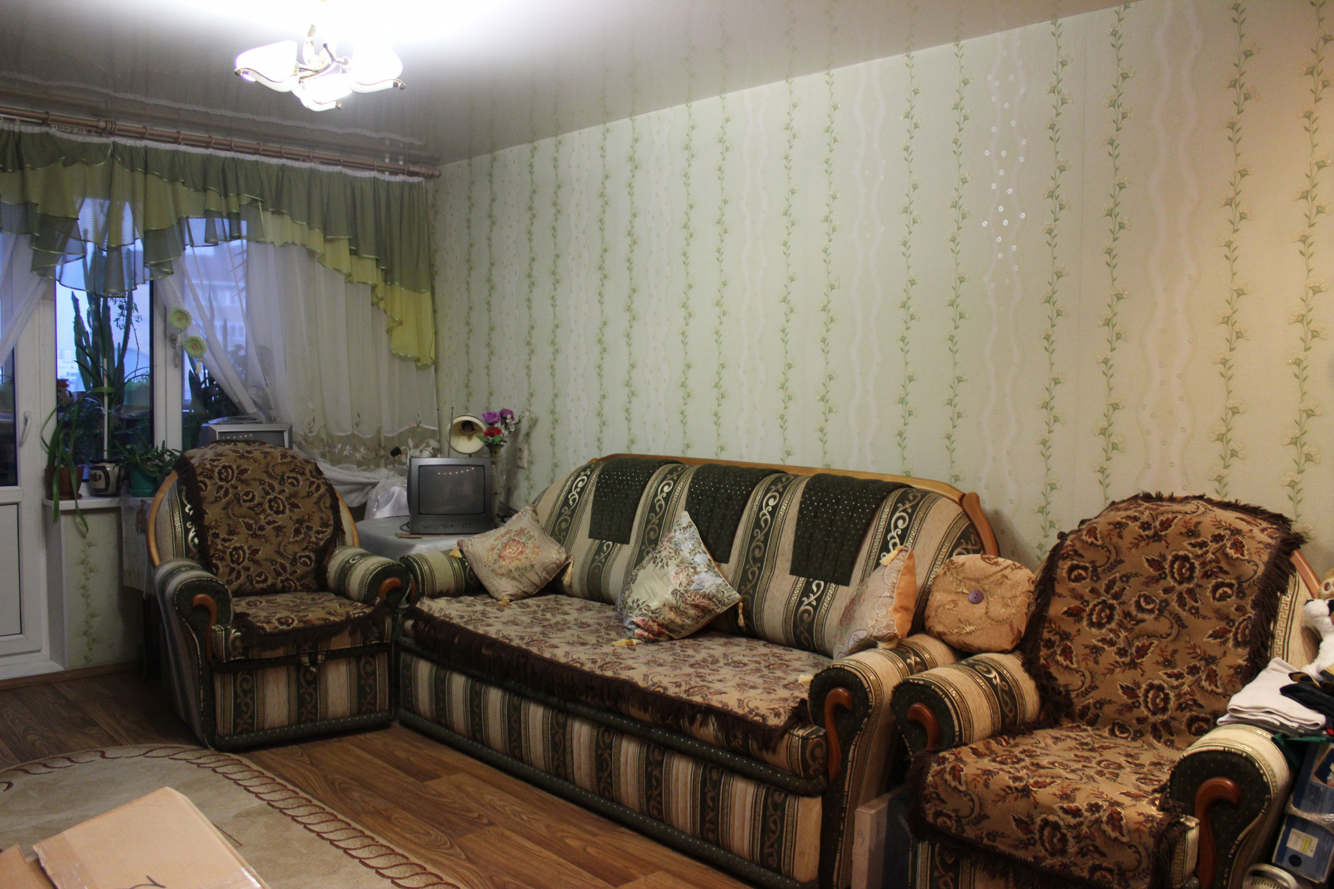 Продажа 2-комнатной квартиры Маршала Казакова ул., 8, к 1, Нижний Новгород