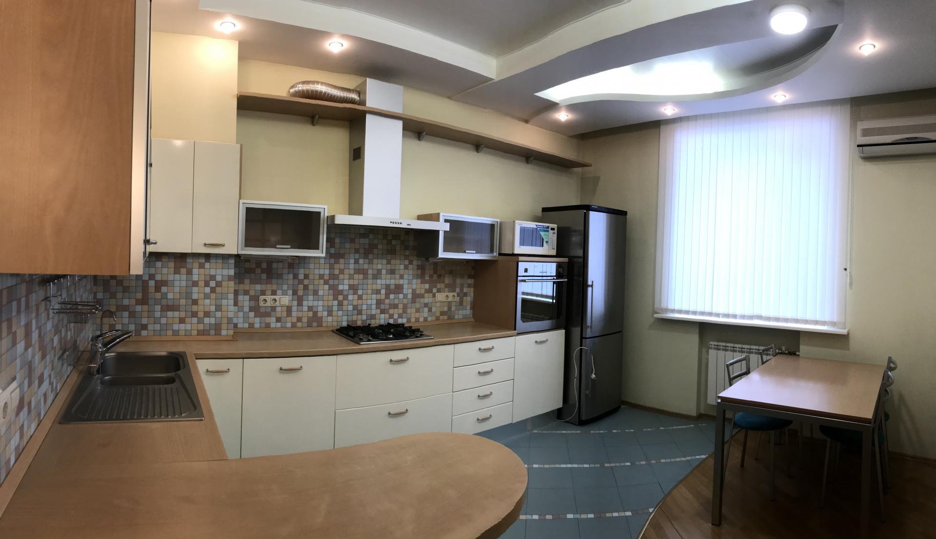 Продажа 3-комнатной квартиры Ивана Чугурина ул., 5, Нижний Новгород