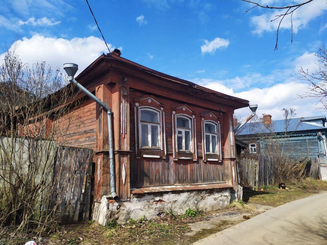 г. Владимир, Левино Поле ул., 21, дом деревянный с участком 12.00 сотка на продажу