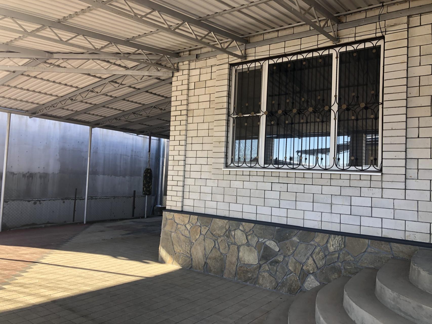 Дом в г. Майкоп район Инфекционная больница