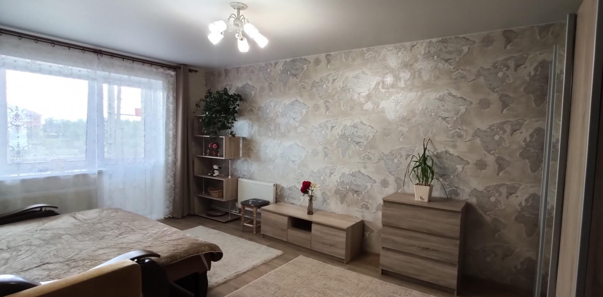 Боголюбово п., Полевая ул., 37, к в, 1-к. квартира на продажу