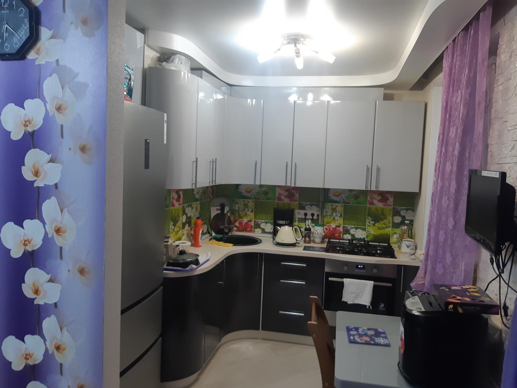 Продажа 2-комнатной квартиры Ивана Чугурина ул., 1, Нижний Новгород