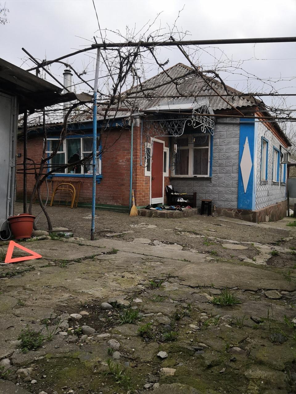 Дом в г. Майкоп район Черемушки