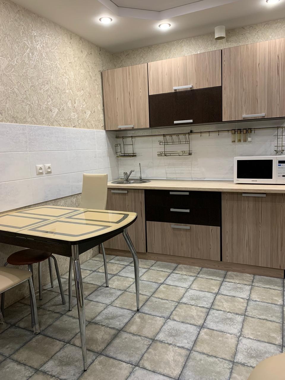 Продажа 3-комнатной квартиры, Саратов, Хрустальная ул.,  68В
