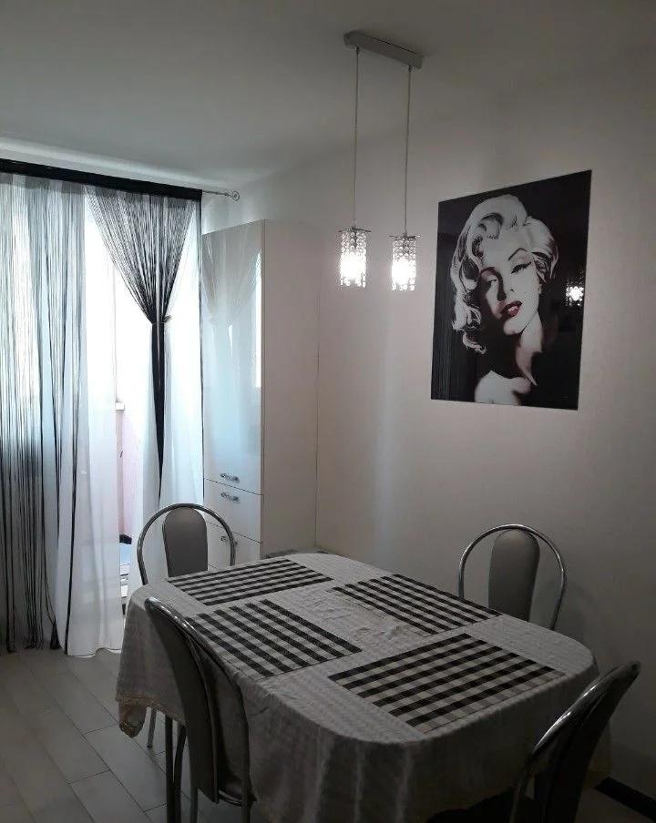 Продажа 3-комнатной квартиры, Саратов, им Тархова С.Ф. ул.,  37