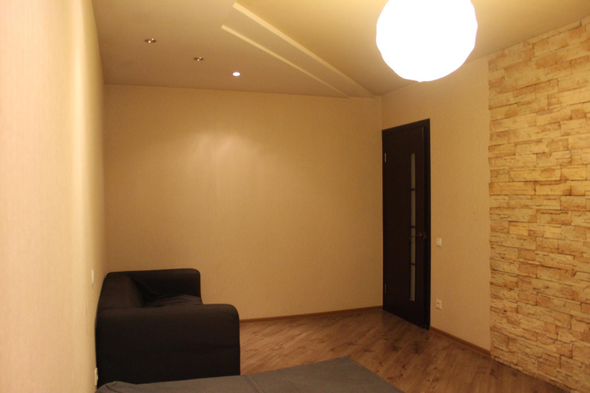 Продажа 3-комнатной квартиры Маршала Казакова ул., 8, к 1, Нижний Новгород